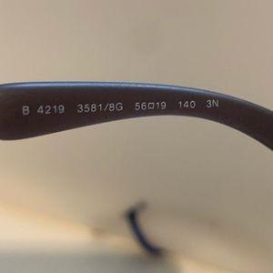 Burberry Accessories - Burberry Sunglasses